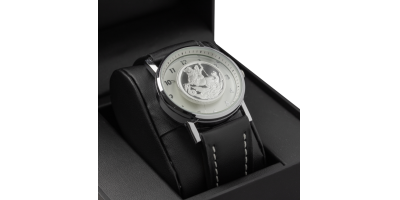 Silver Sovereign Watch